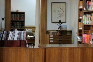 biblioteca-academia-diplomtica-de-chile-andrs-bello_6038097221_o